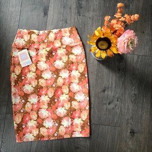 NWT-Cassie LulaRoe Floral Skirt